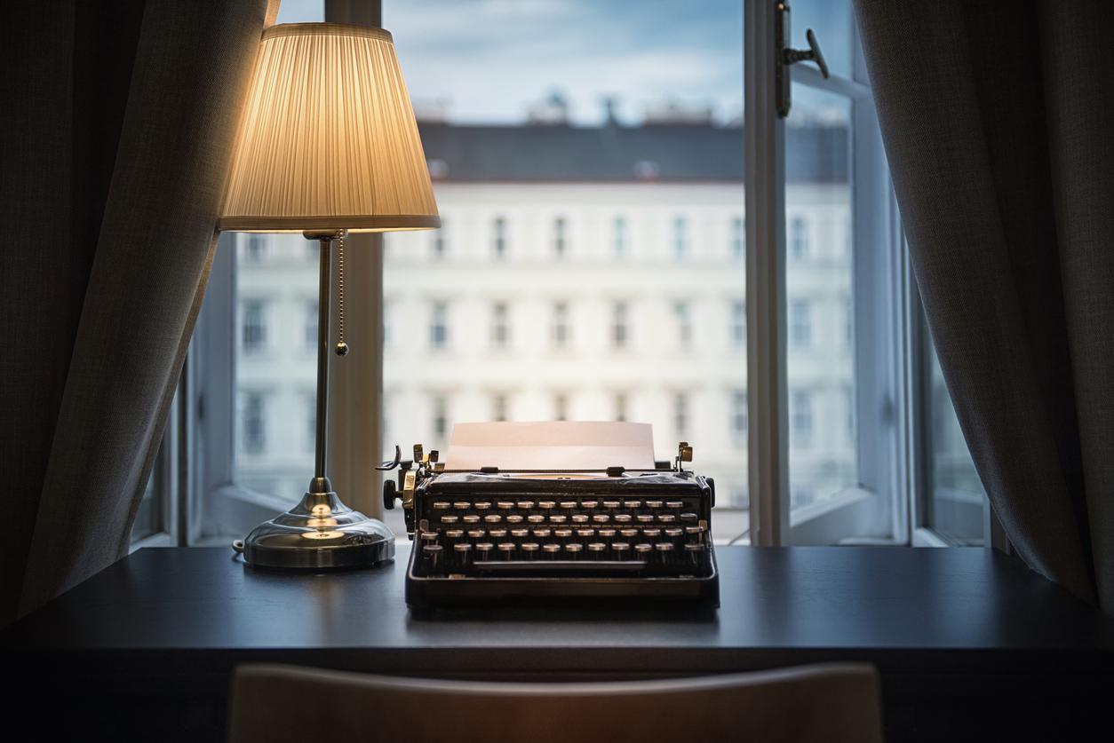 scrittore sul posto di lavoro